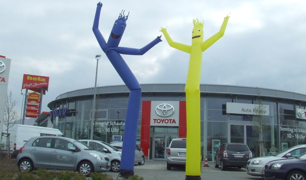 INFLATABLE AIR DANCERS for marketing
