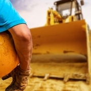 SAFETY TIPS TO PREVENT ACCIDENTS IN THE USE OF HEAVY EQUIPMENT